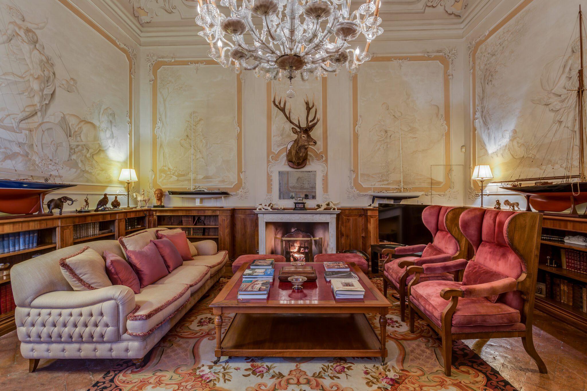 Nest Italy - Renaissance Villa in Florence