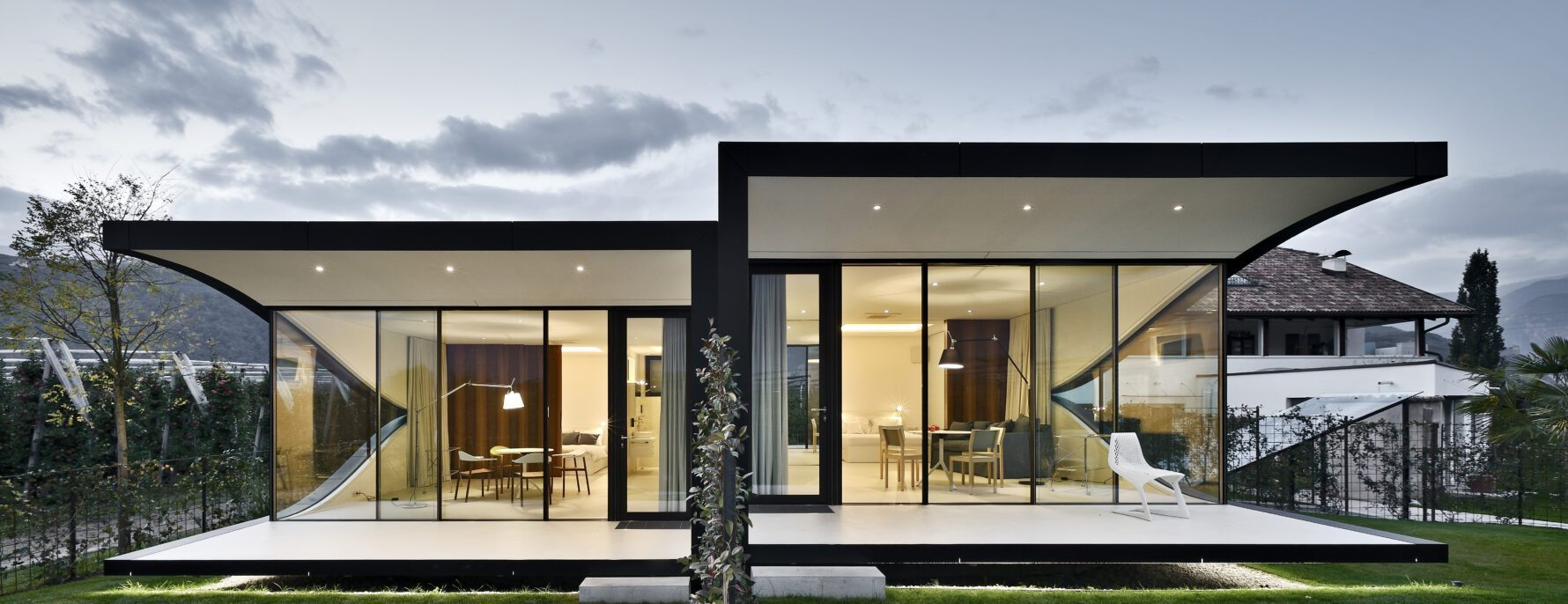 Nest Italy: Mirror Residence